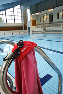 Centre nautique mend s france sports sortir ville de saint priest - Piscine saint priest ...